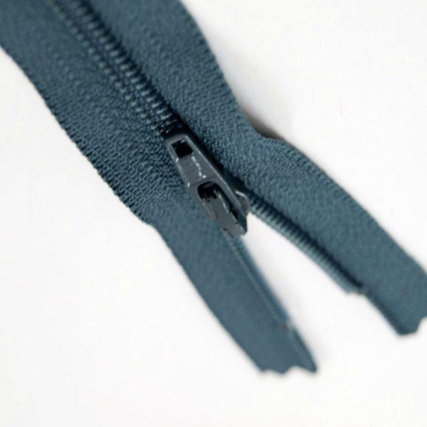 12-30cm-dark-grey-closed-end-dress-zip