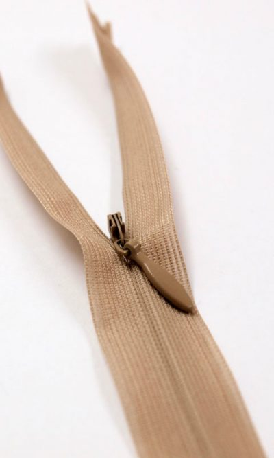 9-23cm-beige-invisible-concealed-zip